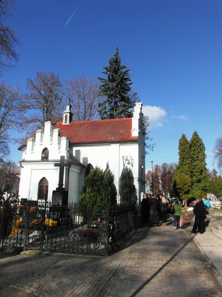 kaplica z lewej