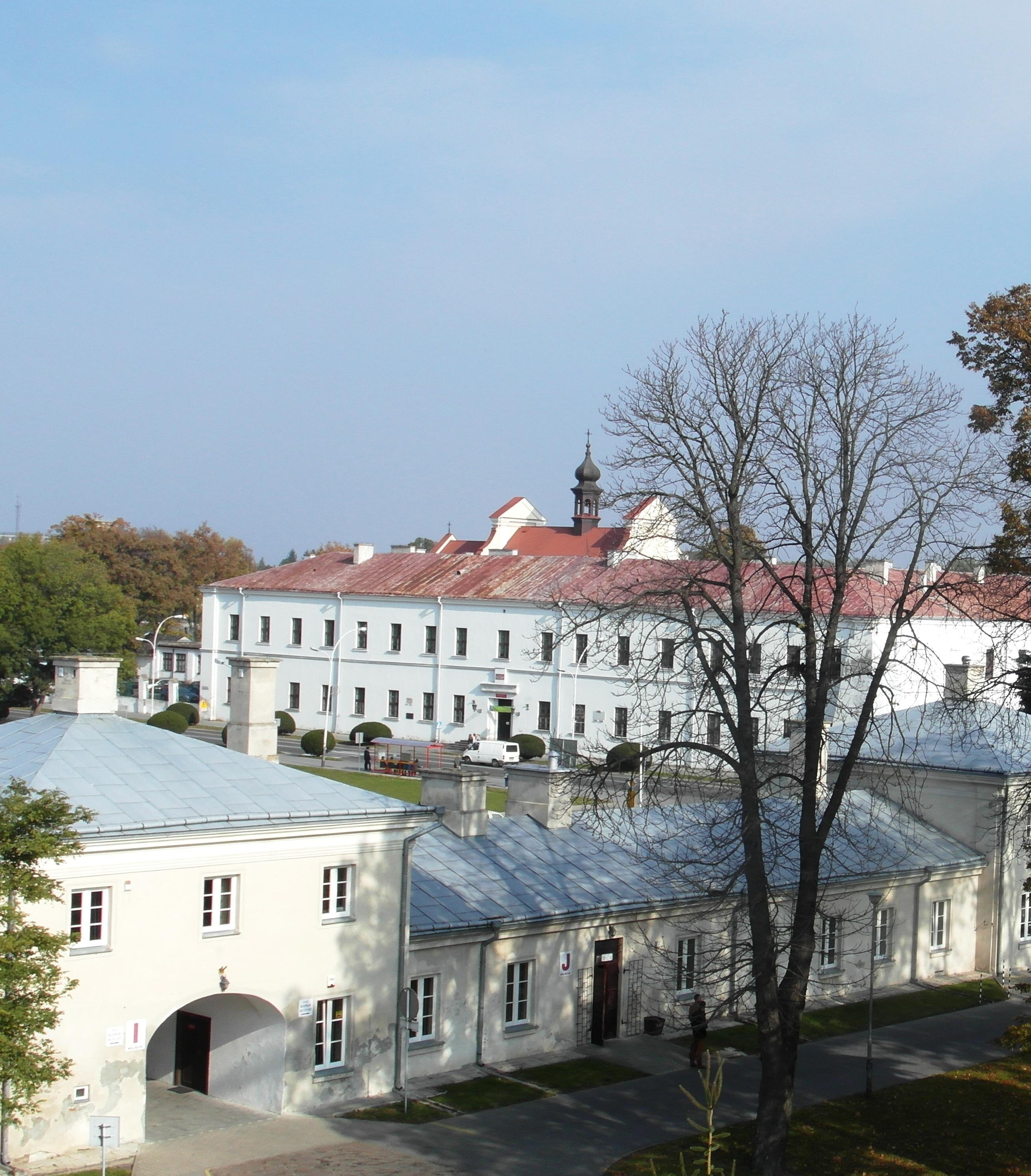 akademia z pałacu